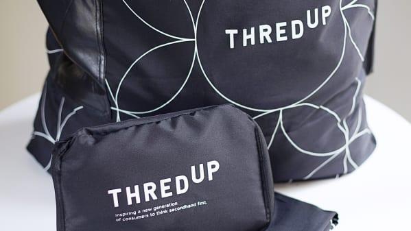 The 300+ use reusable mailer bag