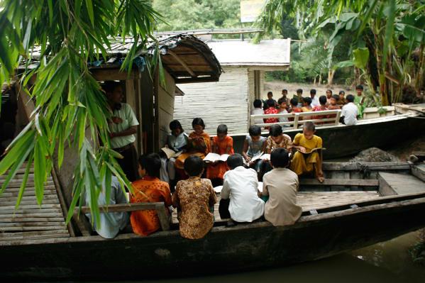Solar-Powered Floating Schools
