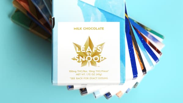 Leafs By Snoop Identity and Packaging