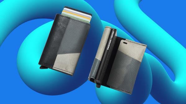 A hacker-proof wallet