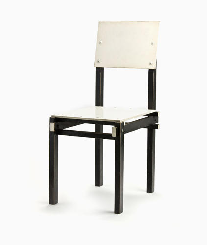 <p>Military chair by Gerrit Rietveld (1923).</p>