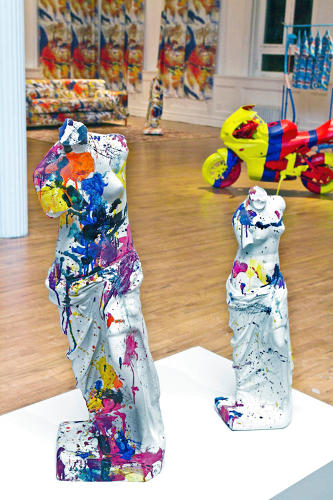 <p>Gaudy venus garden sculptures, splattered with '60s abstract expressionist Sam Francis's signature acrylic washes.</p>