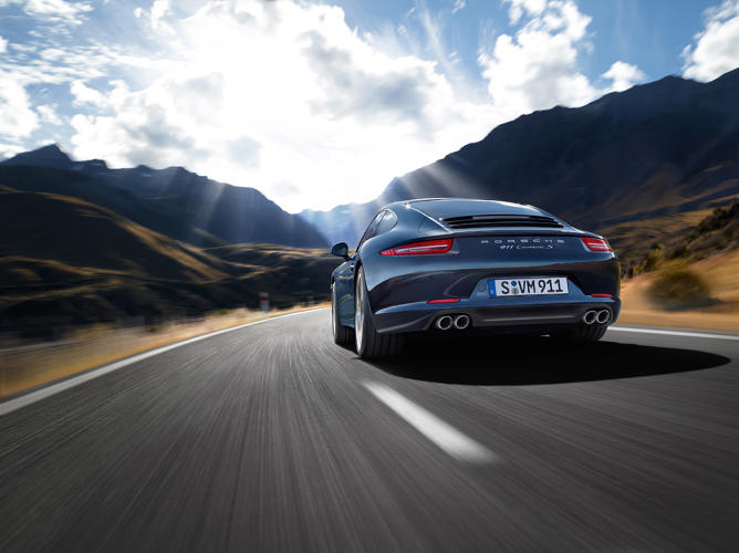 <p>This generation is the first 911 Carrera with dynamic engine mounts  which intelligently shift the engine's position to adjust the car's ride characteristics, based on how its being driven.</p>