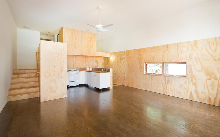 <p>Gutting the older home and rebuilding the two flanking houses let the architects open up the main living spaces, increasing natural ventilation.</p>