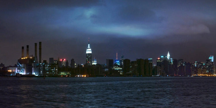 <p>Panorama Image of the Manhattan Skyline by <a href=&quot;http://www.joeycastillo.com/&quot; target=&quot;_blank&quot;>Joey Castillo</a>.</p>