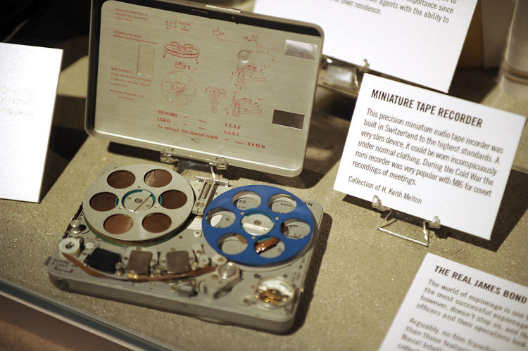 <p>This precision miniature audio tape recorder was built in Switzerland to the highest possible standards. As a very slim device, it could be worn inconspicuously under normal clothing. During the Cold War the mini recorder (called the NAGRA) was very popular with MI6 for covert recordings of meetings.</p>