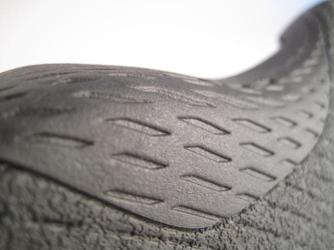 <p>While the insole requires regular replacement, the synthetic rubber base should last a long time.</p>