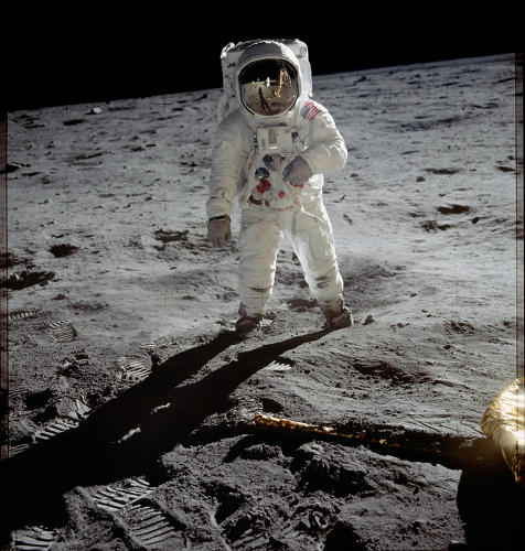 <p><strong>Extravehicular Activity</strong><br /> Astronaut Edwin E. &quot;Buzz&quot; Aldrin, lunar module pilot, walks on the surface of the moon near the leg of the Lunar Module &quot;Eagle&quot; during the Apollo 11 extravehicular activity. Astronaut Neil A. Armstrong, commander, took this photograph.</p>