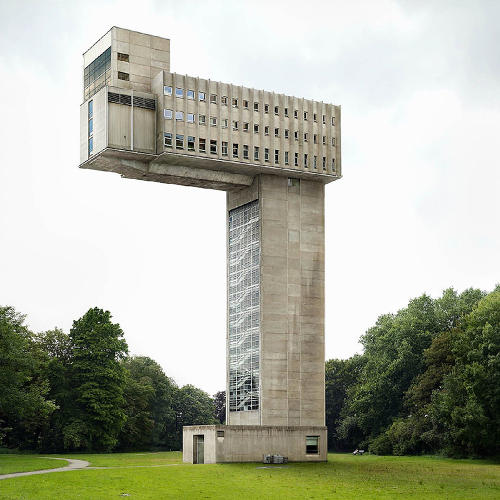 <p>In 2008, Dujardin sparked a viral frenzy over his photographs (like this one), with many online believing that the images showed actual monuments in obscure post-Soviet areas of Eastern Europe.</p>