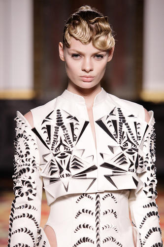 <p>Like van Herpen's past seasons, Voltage includes garments that are made with cutting-edge fabrication technologies.</p>