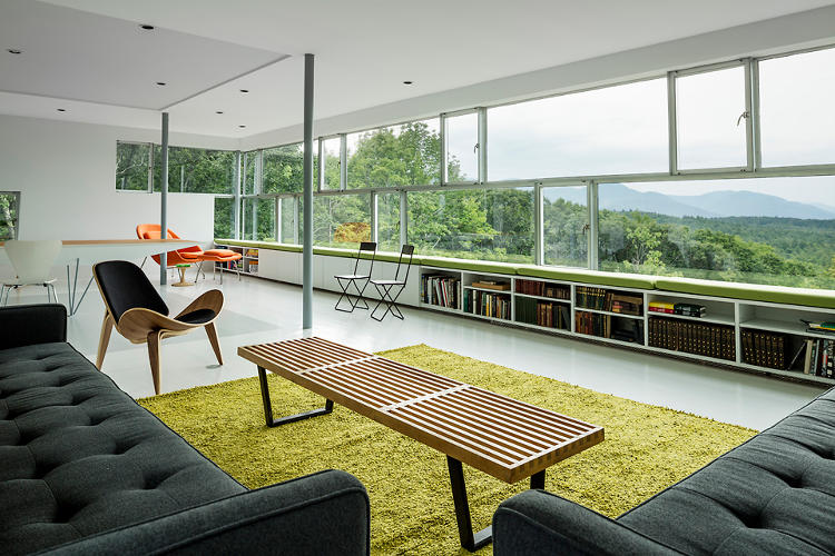 <p>The house is used by the family as a vacation home only months out of the year, yet features a sustainable system that cuts annual energy costs by half.</p>