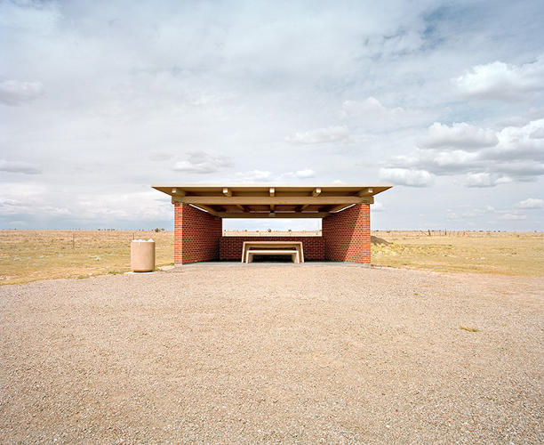 <p>States had total jurisdiction over their own designs, so rest stops became a new way to show off local cultural identity.</p>