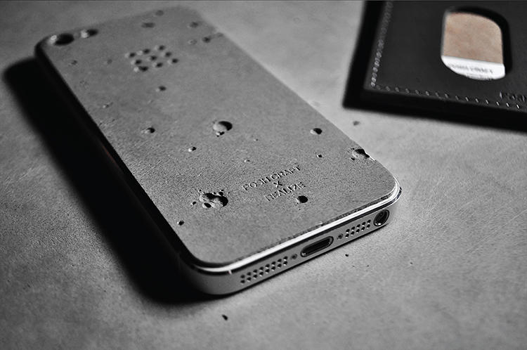 <p>The Luna case is expected to go on sale at the end of the month.</p>
