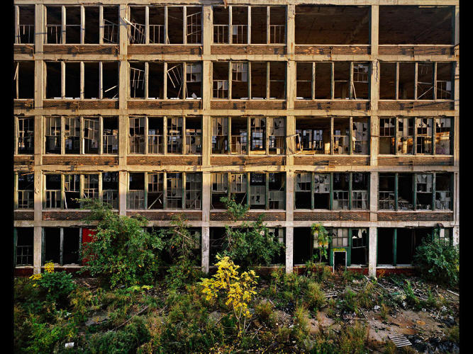 <p>An abandoned factory in Detroit.</p>