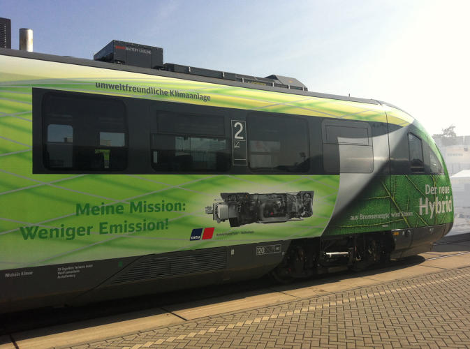 <p>A German engineering company called MTU Friedrichshafen has developed a hybrid locomotive that cuts energy use and carbon emissions by 25%.</p>