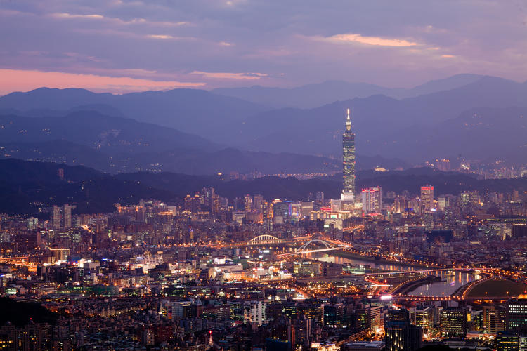 <p>8: <a href=&quot;http://www.shutterstock.com/cat.mhtml?lang=en&amp;search_source=search_form&amp;version=llv1&amp;anyorall=all&amp;safesearch=1&amp;searchterm=taipei+skyline&amp;search_group=#id=69209113&amp;src=2ec34b21f73e3f732aa2da79e042c8ba-1-0&quot; target=&quot;_blank&quot;>Taipei</a></p>