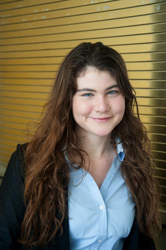 <p>Riley Drake (18, Baltimore, MD) has been conducting scientific research since she was 15 years old. She has studied immunology at Johns Hopkins University and infectious disease at Massachusetts General Hospital. During her fellowship she intends to focus on applying physical principles to virology: utilizing biophysics to create broad-spectrum viral therapies.</p>