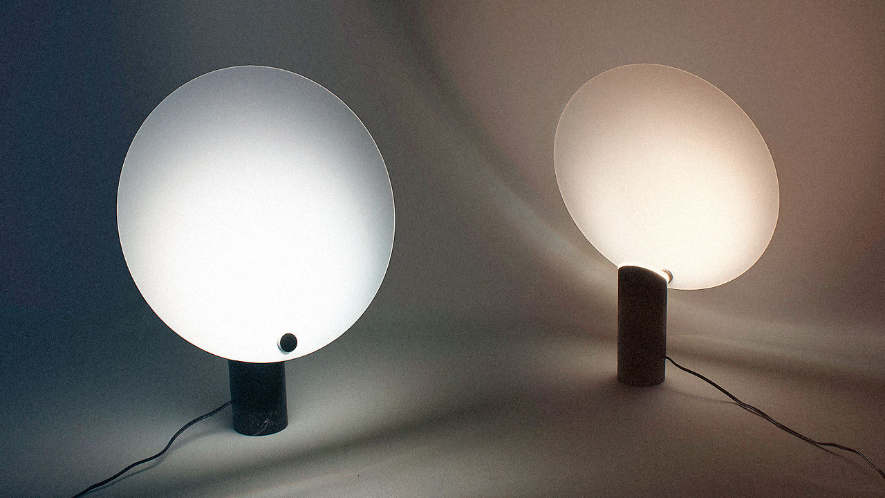 """This Lamp Records Hours Of Sunlight And Then """"Plays"""" It…"""