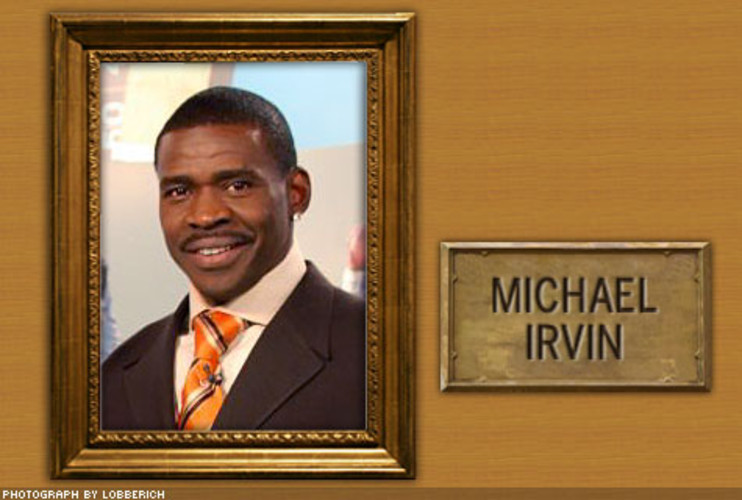 <p> Andrews operated on Michael Irvin's shoulder in 1994. The next year he led the team in receiving with over 1,600 yards on the way to the Cowboys' Super Bowl XXX win, clinching his spot in the Hall of Fame alongside teammate Troy Aikman and banking another $20 million before he retired.  </p>