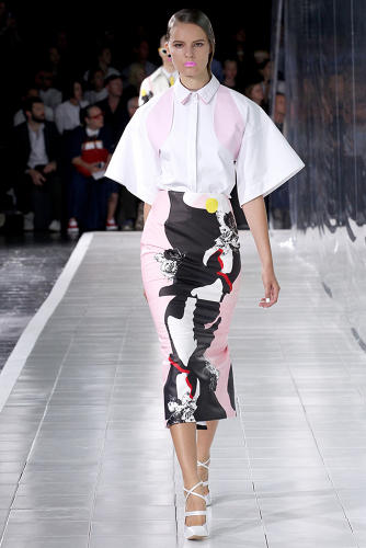 "<p>""Prabal Gurung's scent was created around a rose with biting elements of animal notes and woody amber,"" Dawn Goldworm tells Co.Design.</p>  [Photos via <a href=&quot;http://www.style.com/fashionshows/review/S2014RTW-PGURUNG&quot; target=&quot;_blank&quot;>Style.com</a>]"