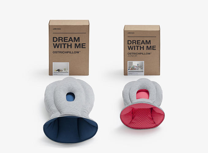<p>The two models side by side. The original Ostrich Pillow was a huge Kickstarter success, garnering upward of $200,000 in funding.</p>