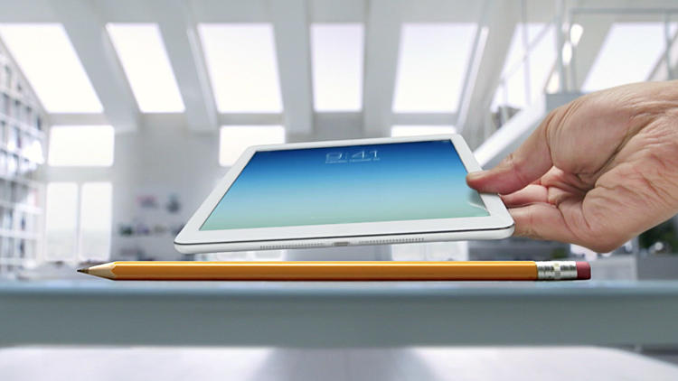 <p>New ad shows the iPad Air is thinner than a pencil.</p>
