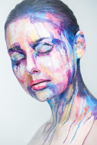 Insane makeup turns models into 2 d paintings of famous for Face painting business