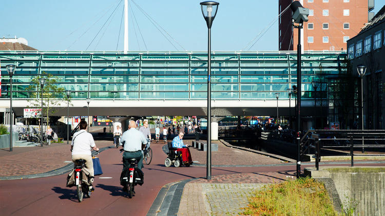 <p>The difference between <a href=&quot;http://www.fastcoexist.com/3021483/the-safest-suburb-in-the-world-did-it-by-ending-the-culture-of-cars&quot; target=&quot;_self&quot;>this Dutch city and most North American commuter towns</a> is that it actually makes good on its promise of safety, security, and good health.</p>