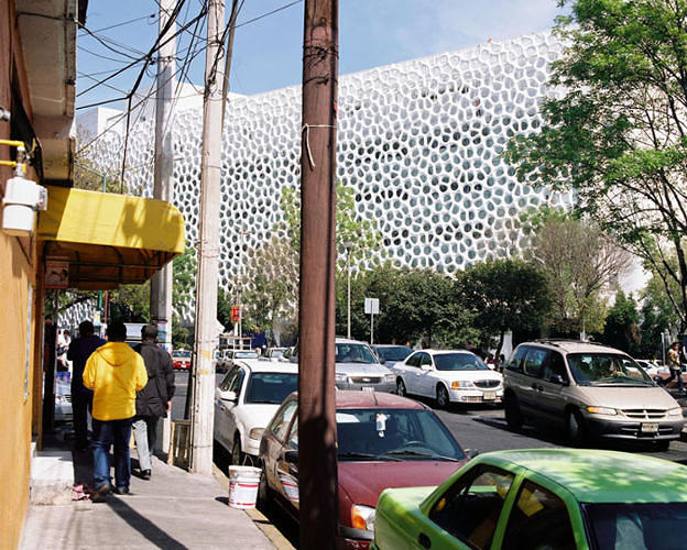 <p>Using a new type of tile that converts the chemicals in pollution into less toxic substances, <a href=&quot;http://www.fastcoexist.com/1681660/this-beautiful-mexico-city-building-eats-the-citys-smog&quot; target=&quot;_self&quot;>the Torre de Especialidades is fighting the Mexico City's bad air--and looking good in the process.</a></p>
