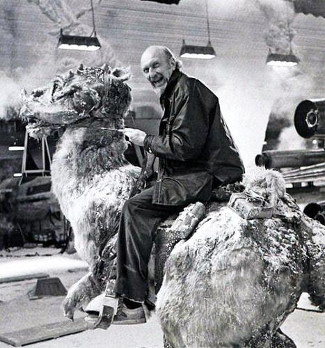 <p><em>The Empire Strikes Back</em> director Irvin Kershner riding a Tauntaun.</p>