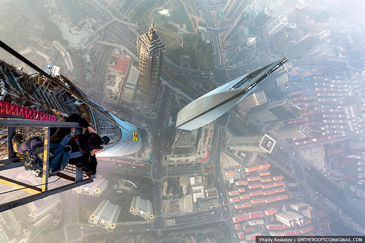 <p>They captured the day-and-a-half-long experience on video, giving non-daredevils at home a heart-stopping bird's eye view of Shanghai.</p>