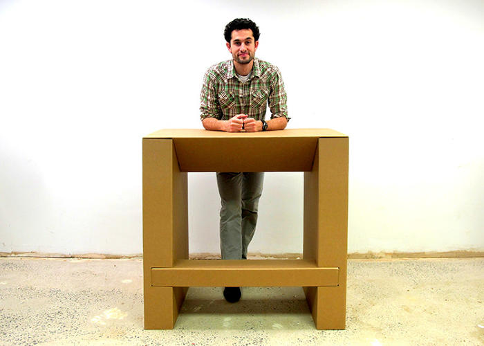 <p>This standing desk is lightweight, recyclable, and is available for $65 on Kickstarter.</p>