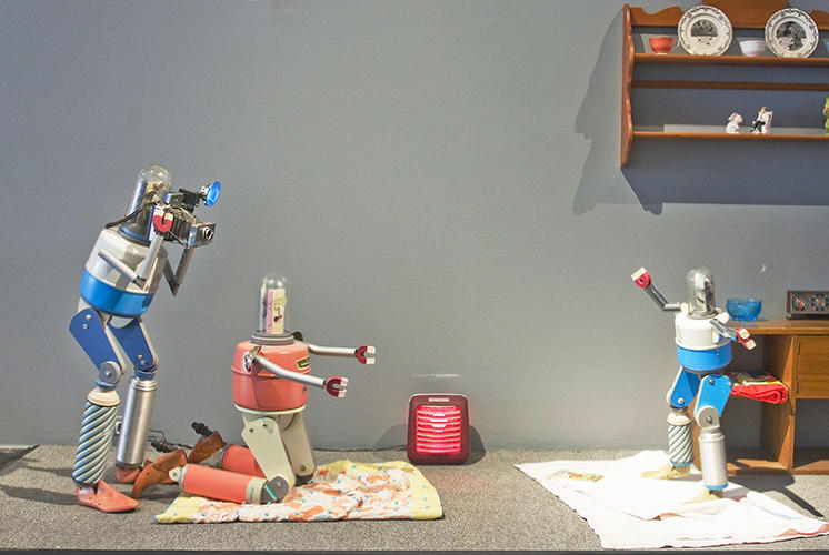 <p>Fraley constructs his four- to five-foot-tall robots from found objects, like old thermoses and pieces of vintage picnic coolers, as well as light, sound, and animatronic elements.</p>