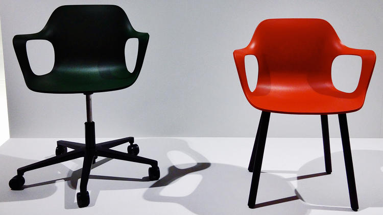 <p>Jasper Morrison has reintroduced his Hal chair for Vitra, with arms.</p>