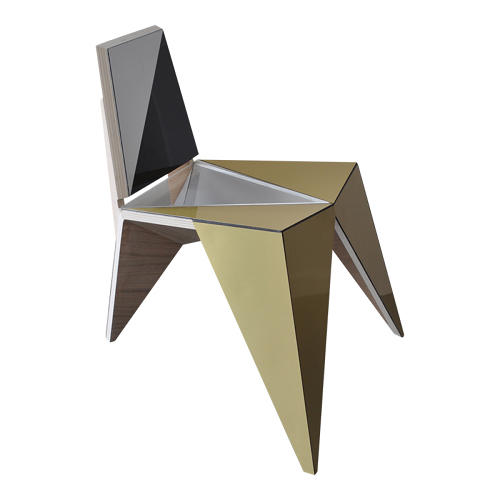<p>Belgian design studio <a href=&quot;http://www.formz.be/index.html&quot; target=&quot;_blank&quot;>Formz</a> showed off a geometric chair with alternating mirrored and matte planes.</p>