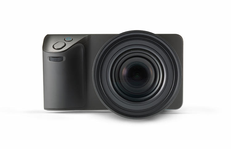 <p>Comparied to Lytro's first prodcut--a little box-shaped camera--the new Illum is a bigger, more technologically advanced model designed with creative professionals in mind.</p>