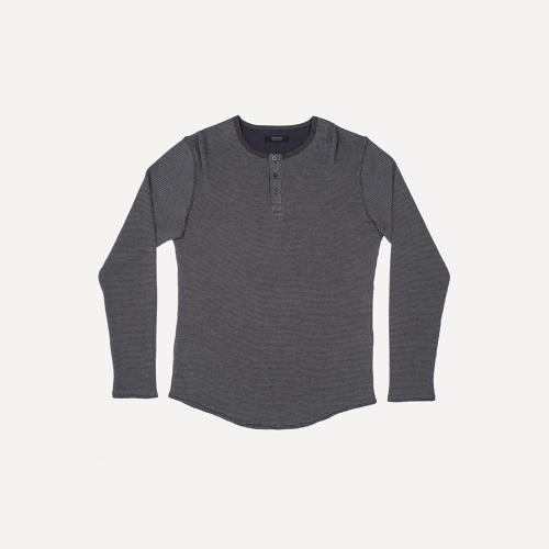 <p>Waffle-Knit Henley in Charcoal</p>