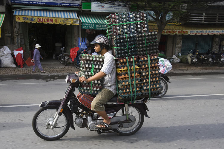 <p>After living in the city for several years, photographer Hans Kemp started documenting some of the most interesting delivery bikes.</p>
