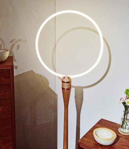 <p>Minimal lighting by Brooklyn-based furniture company <a href=&quot;http://www.volkfurniture.com/&quot; target=&quot;_blank&quot;>Volk</a>.</p>