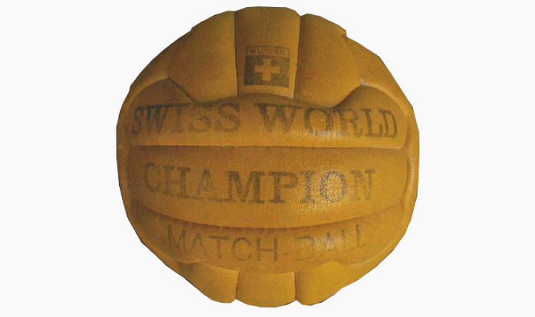 <p>The 1954 Swiss World Champion ball pioneered the 18-panel design, which would remain the standard until 1970.</p>