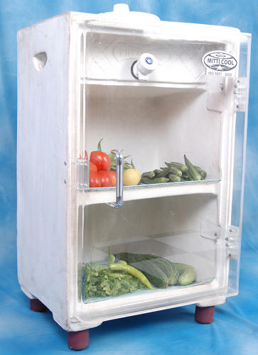 <p>Made from clay and not needing any power to run, it keeps vegetables fresh for up to a week and can even store dairy, according to Mansukhbhai Prajapati, its Indian inventor.</p>
