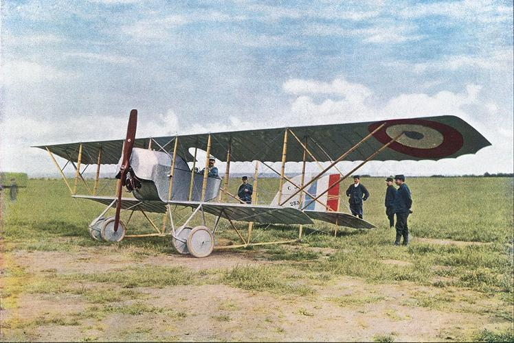 <p>A French warplane, Caudron G3, 1914. The First World War was the first time air warfare played a role in combat.</p>