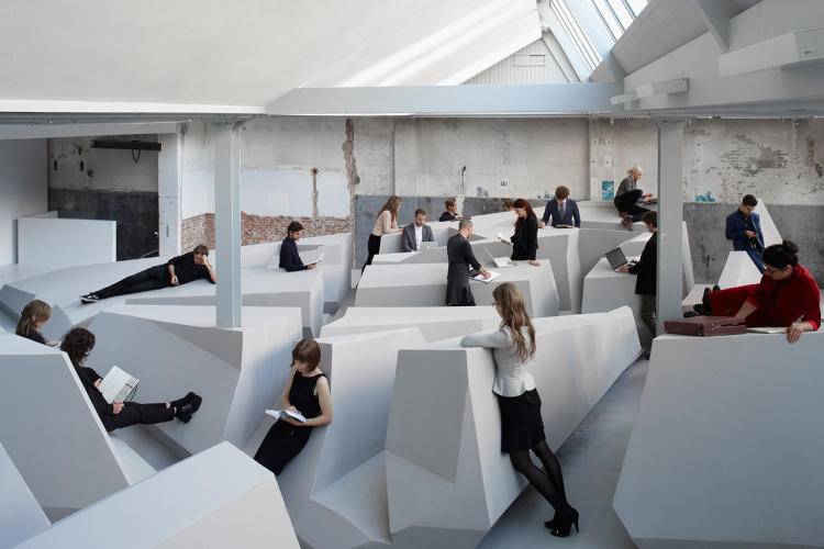 <p>RAAAF (Rietveld Architecture-Art Affordances), a Netherlands-based experimental studio that works at the intersection of visual art, architecture, and science, collaborated with artist Barbara Visser to design &quot;The End of Sitting,&quot; a conceptual office with no chairs and no traditional desks.</p>