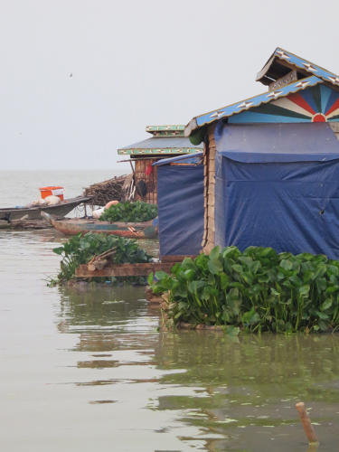 <p>This mobile village, one of 200 on the lake, doesn't have modern plumbing.</p>