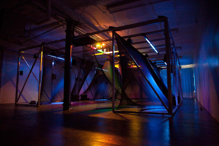 <p>The team of artists, architects, programmers, and technologists created a three-dimensional landscape you're meant to dive into, explore, and shape with your motions.</p>