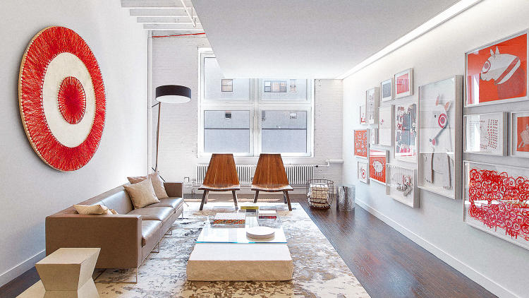 <p><strong><a href=&quot;http://www.fastcodesign.com/3052258/peep-targets-sleek-loft-like-nyc-office&quot; target=&quot;_self&quot;>Target's Sophisticated, Loft-Like Office by Lauren Rottet</a></strong><br /> When Target's marketing and public relations team enlisted interior designer Lauren Rottet to overhaul a 15,000-square-foot space in Manhattan, the end game was less about statements and more about subtlety. &quot;Target wanted a space that was beautifully designed, but quietly designed,&quot; Rottet says. &quot;Not 'in-your-face bold,' but almost a studio-like or art-loft-like backdrop for their own designs that was sophisticated.&quot;</p>