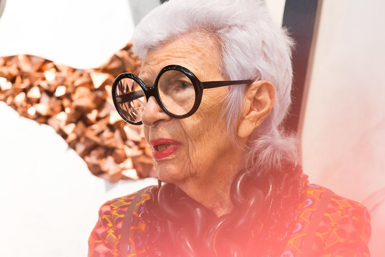 <p>Style icon Iris Apfel talks collaboration at Story.</p>