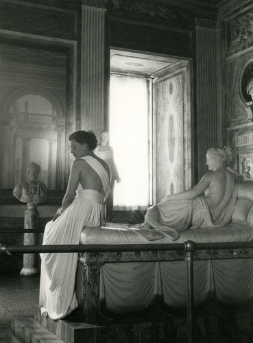 <p>Sorelle Botti design at the galleria Borghese, Rome, 1947.</p>