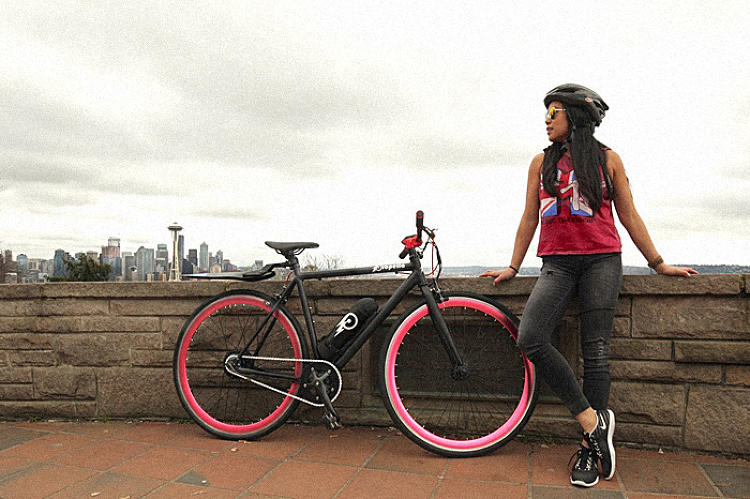 <p>The single-speed Propella has the bare minimum of features to keep it lightweight and hundreds of dollars cheaper than most electric bikes.</p>