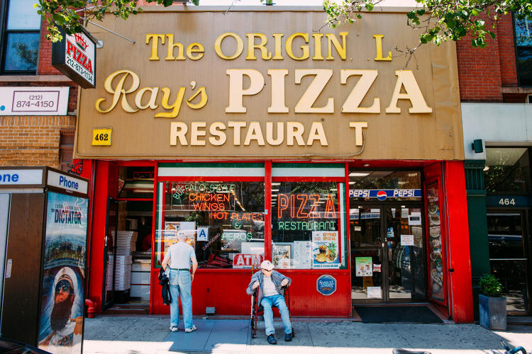 <p>Famous Original Ray's Pizza in Upper West Side</p>